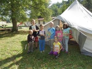 Knihovna Kladoruby - akce Knihovna pod stanem - děti