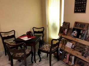 Caffe Carezza, Letovice