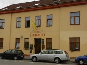 Hotel Dermot, Letovice